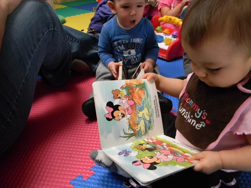 infant_reading